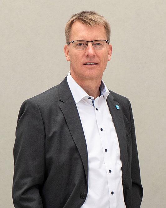 Bernd Supthut ist Geschäftsführer der Bauunternehmung Glöckle Holding GmbH, Bauunternehmung Glöckle SF-Bau und Bauunternehmung Glöckle Hoch- und Tiefbau GmbH