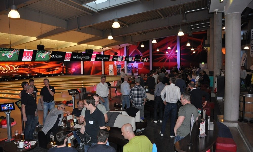Volles Haus beim R+F Bowling Cup