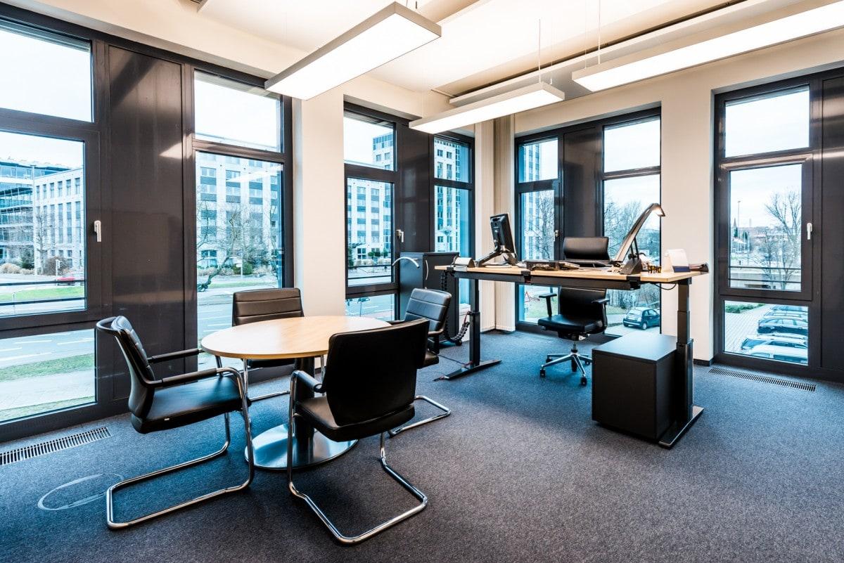 Einrichtung eines Büros im neuen Bürogebäude in Nürnberg