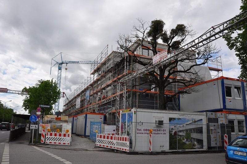 Der Rohbau der neuen Wohnanlage in Nürnberg steht bereits