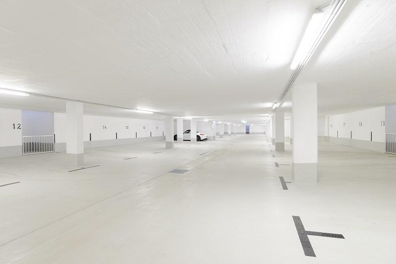 Tiefgarage der neuen Wohnanlage in München