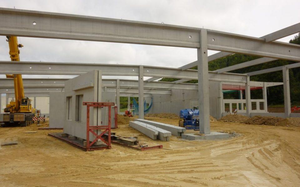 Neubau eines Baumarktes mit Betonfertigteilen