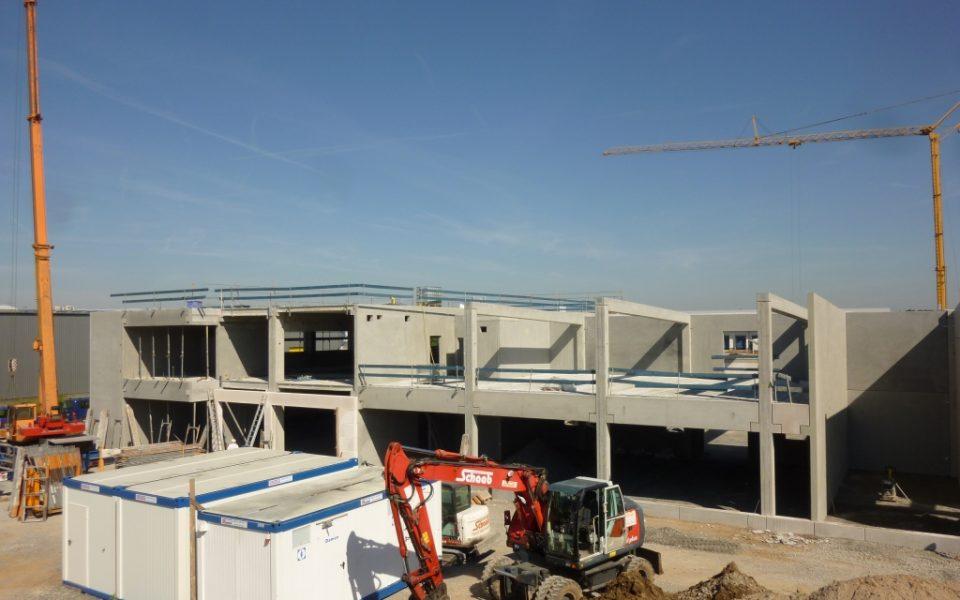 Neubau mit Stahlbetonfertigteilen in Alzenau
