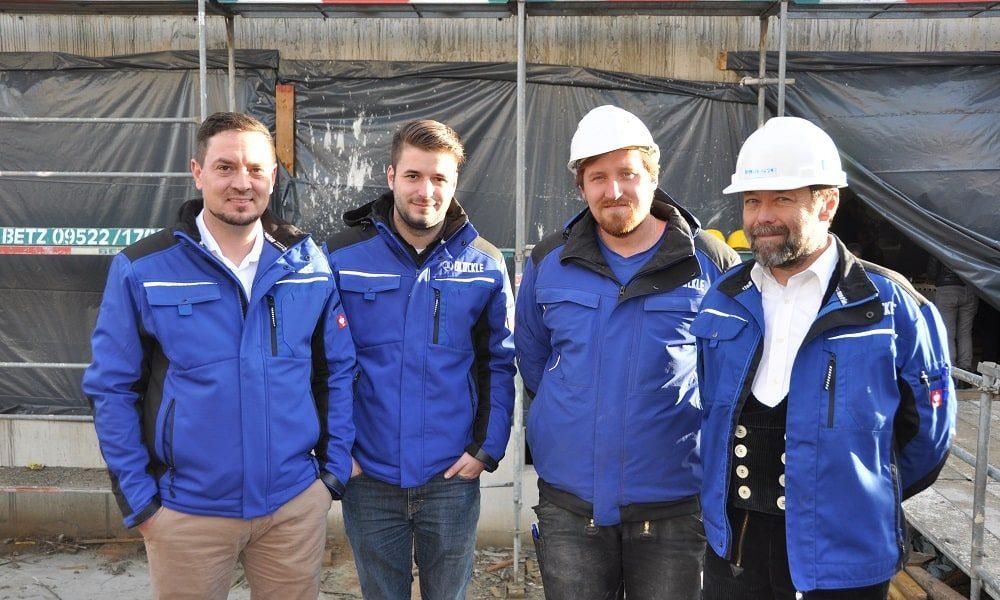 Bauteam vor Ort: Oberbauleiter Frank Wolz, Bauleiter Michael Dittmeyer, Dominic Melber, Polier Norbert Rudolph