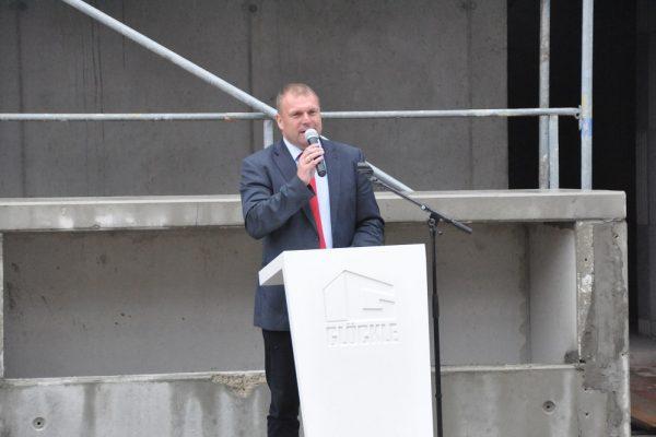 1. Bürgermeister von Kürnach Thomas Eberth bei seiner Ansprache