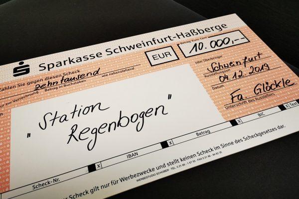 """GLÖCKLE Weihnachtsspende - 10.000 € für die Station Regenbogen - """"Elterninitiative leukämie- und tumorkranker Kinder Würzburg e. V."""""""