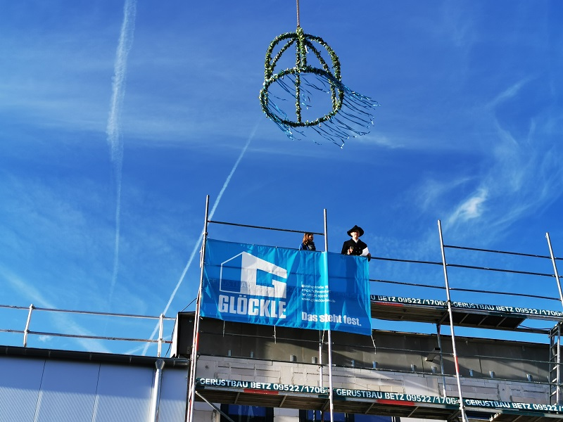 Richtfest bei Bosch-Mezger im Schweinfurter Hafen